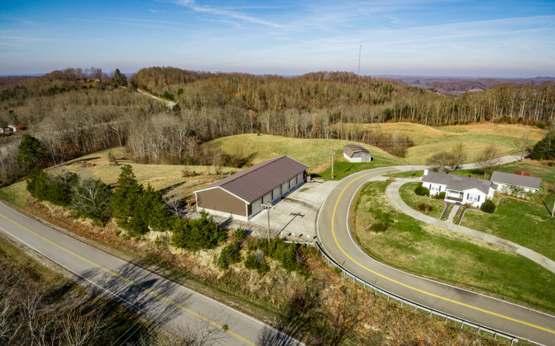 Large Metal Building & 15.09+- Acres, 3 Tracts, Fenced, Barn